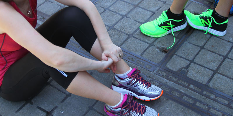 How To Pick Running Shoes For Flat Feet